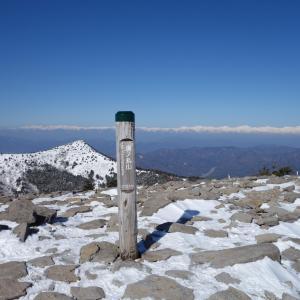 3月の湯ノ丸山「地蔵峠から残雪期の湯ノ丸山・烏帽子岳を散策♪」