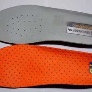 雪山用登山靴のインソールをホシノB+HF Heat Footに変えてみた♪