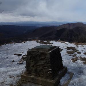冬の荒船山「荒船不動から経塚山と艫岩展望台を散策♪」