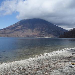 春の中禅寺湖を散策して中禅寺金谷ホテルで日帰り入浴をしてきた♪