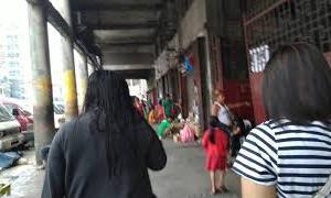 治安に難あり?マニラ市トンド地区の動画