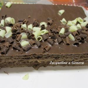 チョコ好きさんに♪低脂肪カカオコーティング&サンドのチョコレートトルタ☆
