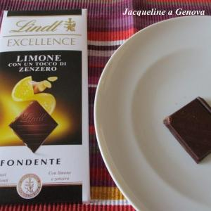 喉によさげ?ピリピリ感がクセになりそうなレモン&ジンジャー入りビターチョコレート☆Lindt