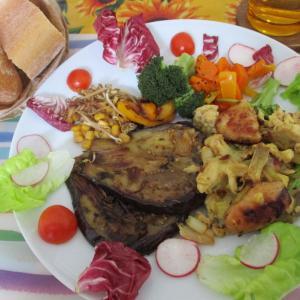 鶏肉とネギの玉子とじ&ナスのガーリックバター醤油ステーキ☆カリカリセロリがけ♪