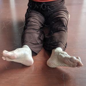 ②足首ストレッチでケガを防ぎ、冷えやむくみが改善する