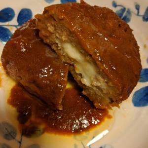 ソイミート、ゼロミートのチーズハンバーグ