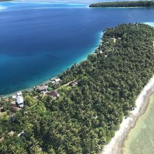 人生1番のビーチ、太平洋の秘境モキール環礁。(秘境、冒険、大自然、環礁)