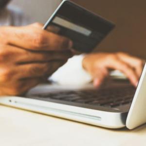 クレジットカードを全て限度額まで使ってからの自己破産は不利になる?