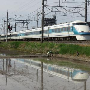 スペーシア粋・JR線と東武線それぞれの水鏡