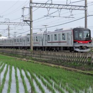 東武・東京メトロTHライナー1番列車