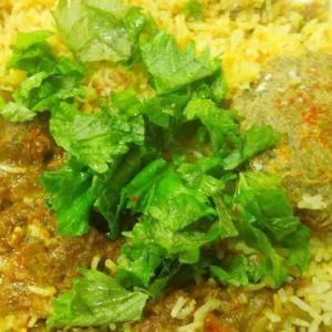いただきものです。ビリヤニ&山羊肉カレー&ビーフカレー&サラダ