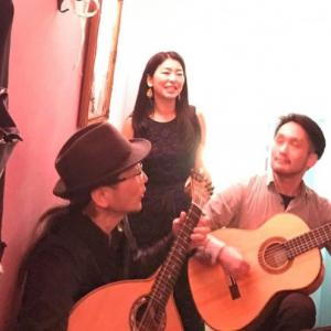 ファドを歌います。