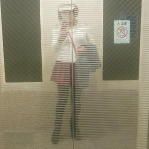 女ひとり旅気分で夜の京都三条通を散策…!?