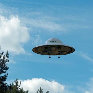 UFO、いやUAPの正体とは? 宇宙人の乗り物ではなくタイムマシン!
