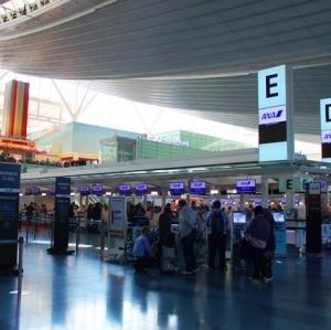 発着空港と時間帯から分析する日系2社のインド路線戦略