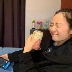 【悲報】AKBセンター抜擢の長谷川百々花、ほろよい一缶で人生を狂わされる