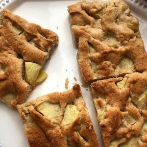 トースターで焼けるアップルシナモンケーキ・バンコクの状況
