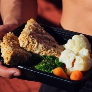 筋トレの専門家が選ぶ最強のおすすめ宅食・デリバリー弁当7選
