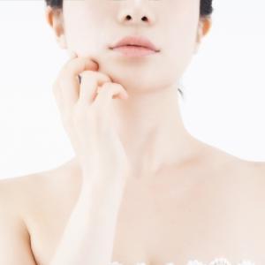 痩せて見えるのはシャープな顎のライン たるみを取る0円エクササイズ