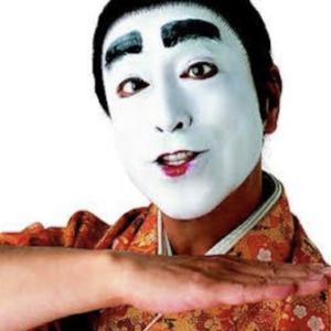 日本を救ったバカ殿様 と言いたい。
