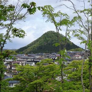 新緑の太白山
