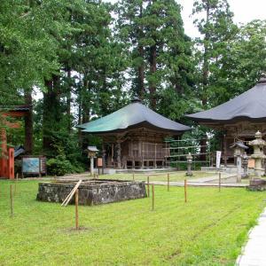 酒田方面撮影旅行 その14 羽黒山詣で ④三神合祭殿境内の末社・厳島神社と蜂子神社