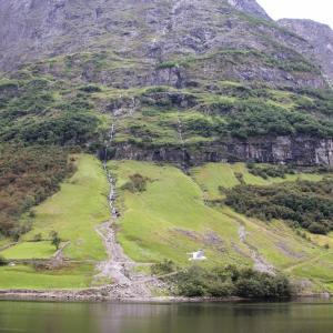 北欧4ヵ国の旅 その128 ノルウェー・ソグネフィヨルドのクルーズ中盤