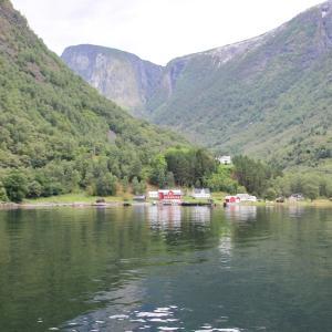 北欧4ヵ国の旅 その129 ノルウェー・ソグネフィヨルドのクルーズ、フロムまであと一息