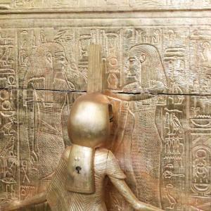 エジプト紀行  その92 カイロのエジプト考古学博物館見学 ⑬ツタンカーメン王の墓からの秘宝-2