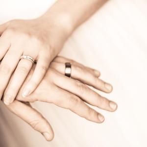 既婚者ばかり好きになる女性が今やるべき3つの改善策