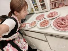 【悲報】辻希美、大量!!肉々しい!!手作りソーセージに批判殺到(;゚Д゚)