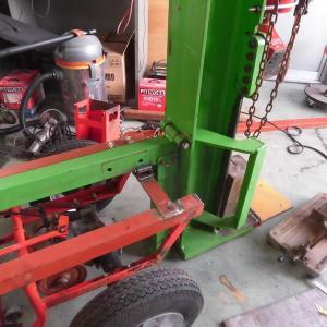 薪割り機改造、溶接作業完了