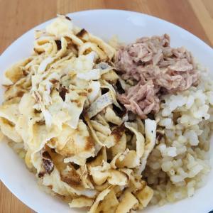 錦糸卵とツナを酢飯と食べました!! スマホ版