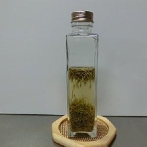 簡単!自分で作るハーブ化粧水の準備!ハーブチンキの作り方~