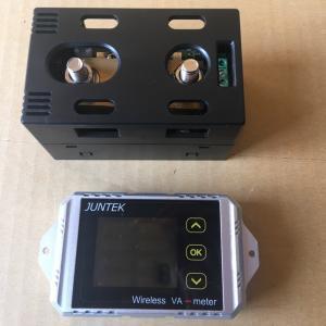 電流・電圧計を仮付けしました。