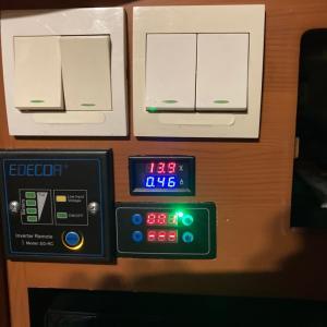 スーパーサブバッテリーの充電システムが直りました!