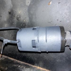 エバスペッヒャーの消音器をつけたら、なんと故障を発見してしまったよ。。。