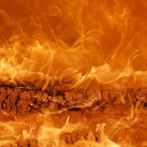 【道具】斬新!?CAMBi キャンビ!尾上製作所のいろいろ使える焚き火台がおすすめです