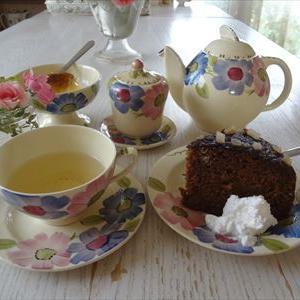 英国展のケーキとスージークーパーでお茶