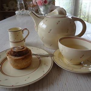 スージークーパーのスプリングプライドでお茶