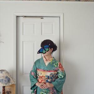 お正月の着物2 ターコイズブルーの梅と菊の訪問着