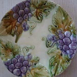 バルボンティーヌの葡萄のお皿。