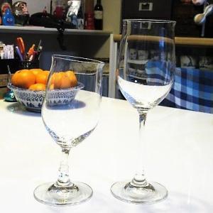 【UVレジン】 割れてしまったワイングラスを、透明UVレジンで修復してみました~♪