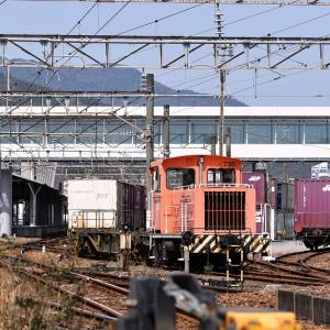 延岡駅のスイッチャー機関車、協三工業20t「735」号機