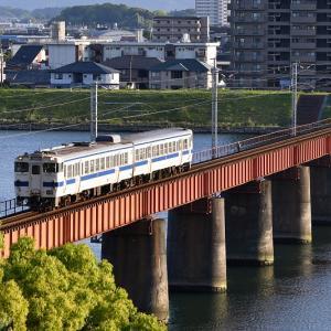 大淀川橋梁で撮る(4)、キハ40形「1944D」