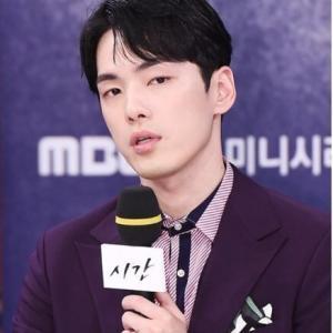 韓国 俳優キム・ジョンヒョン心境告白… (-_-;)