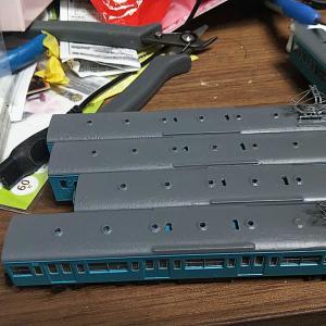 グリーンマックスHQEキット 103系(低運非ユニット窓・改冷車・スカイブルー)