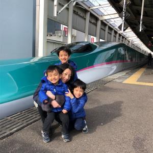 郡山駅で新幹線を見てきました