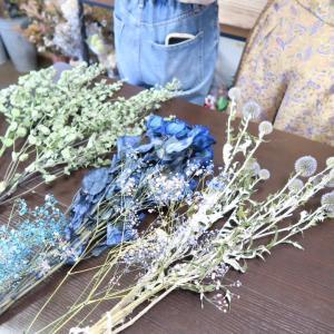 仲良し同級生とスワッグ作り お花に癒されてる時間を大切に~
