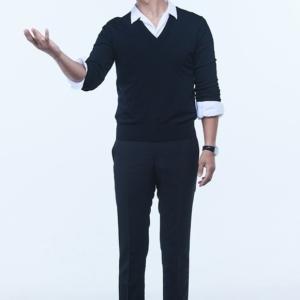 チュ・ジフン、デビュー後初!ドキュメンタリー番組「キス・ザ・ユニバース」のプレゼンターに挑戦